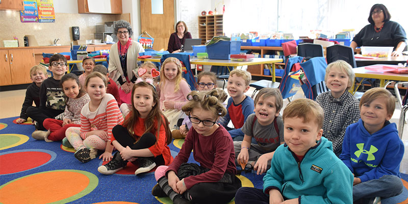 Students celebrate 100 days of school at Ocean Avenue photo