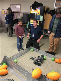 2nd Annual Family STEM Night photo 4